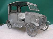 FOLK ART TIN LIZZIE'S  - FAMILY CHARIOT