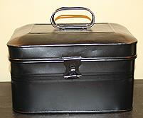 LUNCH PAIL ANTIQUE W/ TWO WIRE HANDLES