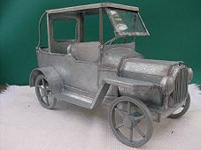 FOLK ART TIN LIZZIE'S  - PARSON'S CARRIAGE