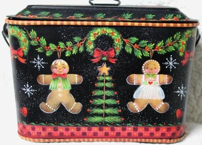 ROSEMARY WEST, CDA  CHRISTMAS COOKIE TIN  PATTERN PACKET