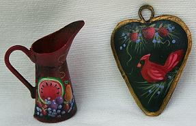 WILLIAMSBURG COLLECTION I  MINI ALE PITCHER AND COUNTRY HEART  PATTERN PACKET