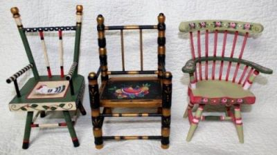 TRIO of VINTAGE CHAIRS  DELLA WETTERMAN  PATTERN PACKET